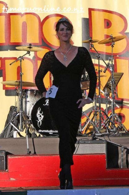 queen-of-carnival-0012