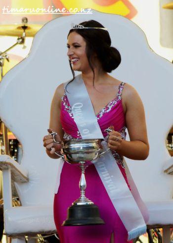 queen-of-carnival-0038