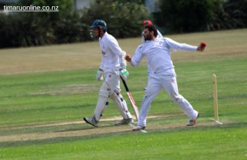 cricket-at-point-0076