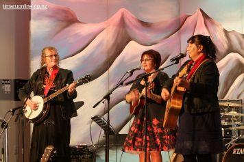 """We Three"" (Dunedin/Oamaru)"
