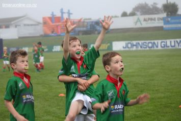 Junior Rugby Kicks Off 00040