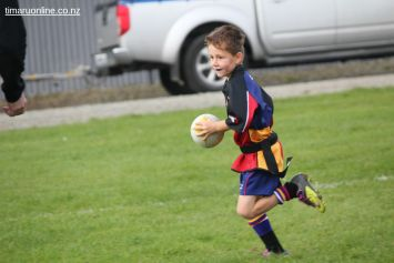 Junior Rugby Kicks Off 00175