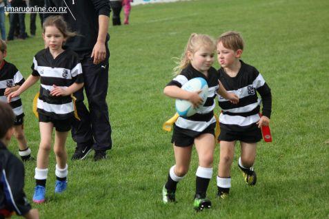 Junior Rugby Kicks Off 00438