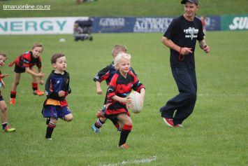 Junior Rugby Kicks Off 00484