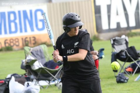 Womens Softball 0131