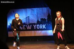 Holly Dann & Luke Mitchell - Dock of the Bay (Hip Hop Duo)