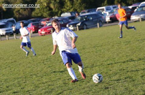 Mens Football SBAP 0171