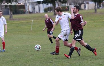 Point v Hearts Reserves Football 0008