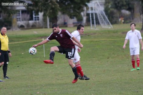 Point v Hearts Reserves Football 0016