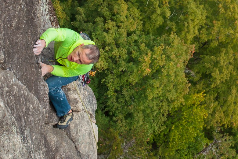 Bryan Gilmore Climbing The Prow on Cathedral Ledge - North Conway (13 of 16)