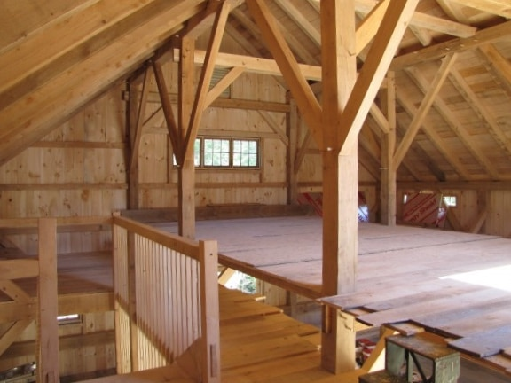 Three Story Timber Frame Barn In Vermont