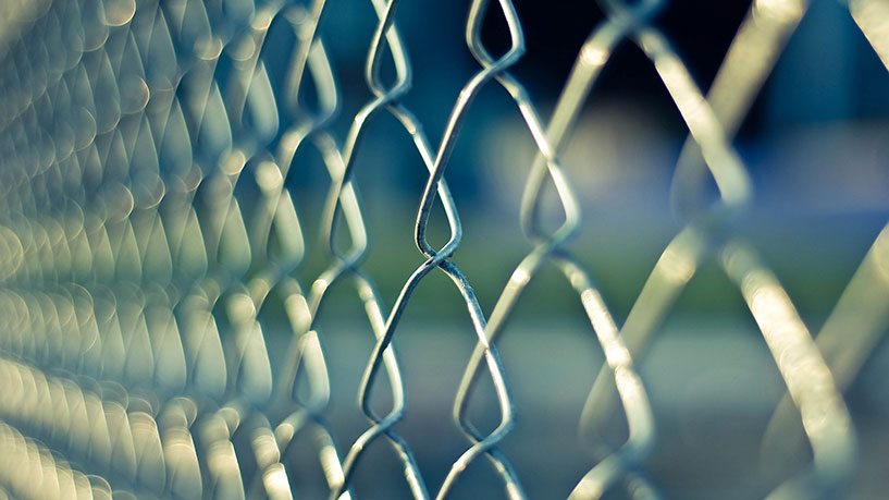 Chain link fence repaired in Walnut Creek, California