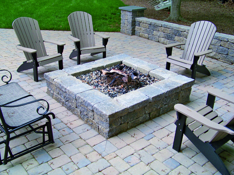 » Small-Scale Projects on Square Patio Designs  id=40142