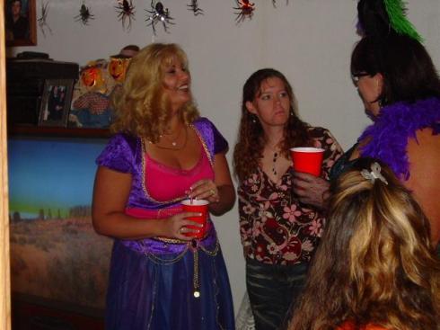 20041030_TT_HalloweenParty_41