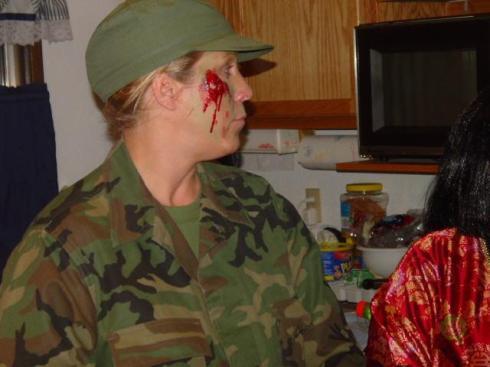 20041030_TT_HalloweenParty_65