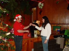 20051210_ChristmasParty_18