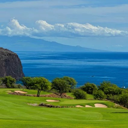 Manele 6th green