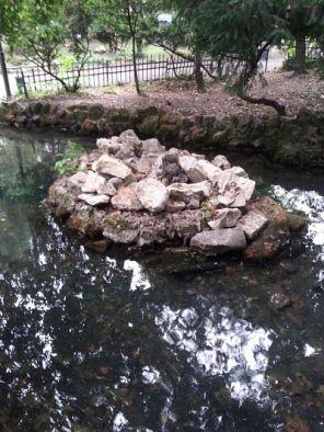 mopana-waterfall-cave-park-02