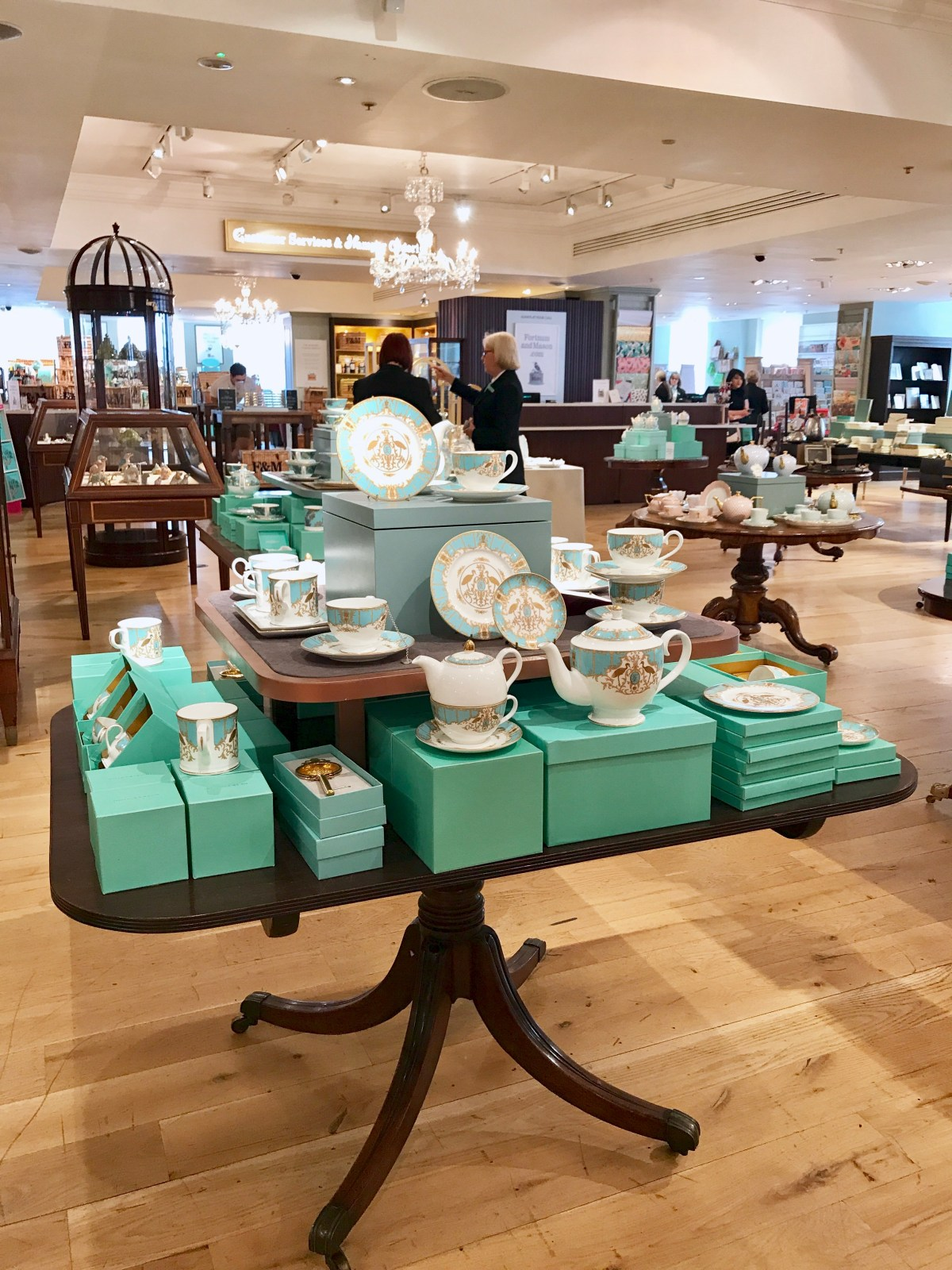 Fortnum and Mason, tea sets, shops, british, london