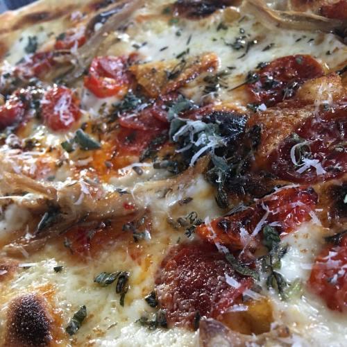 Rustica Pizza Pulled Pork Roma