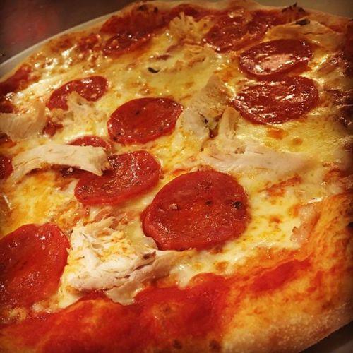tri gusti pizza