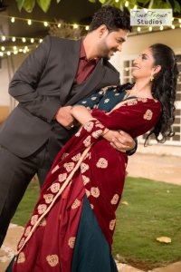 Budget Outdoor Couple Photography in Pune