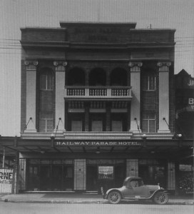 Railway Parade Hotel, Kogarah C1930, also became another Rex pub.