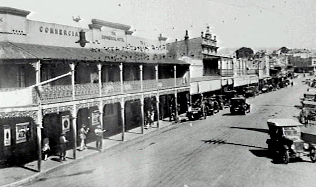 The Commercial Hotel, Crown Street Wollongong in the 1940s