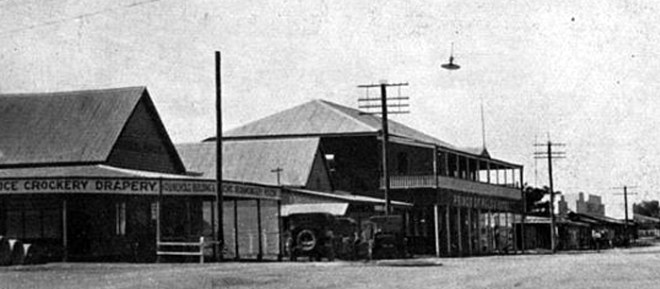 The Prince of Wales Hotel, Blackall, Queensland 1933.