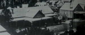 The original Centennial Hotel, located on the corner of Hume Drive and Park Street, Helensburgh in 1905