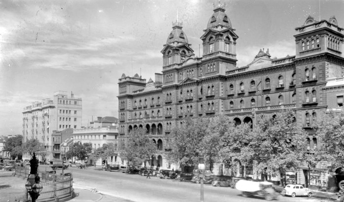hotel windsor melbourne c1945