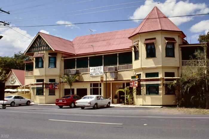 lakes creek hotel rockhampton