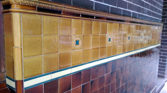 tilbury-8-outside-tiles-w