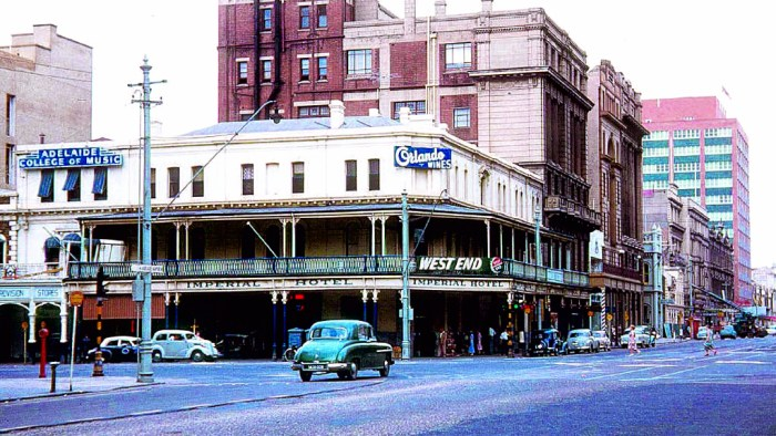imperial hotel adelaide 1950s.jpeg