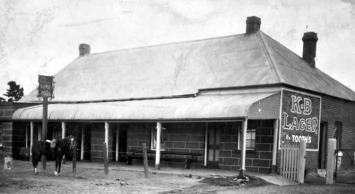 Farmers Arms Hotel Bathurst ANU 1924