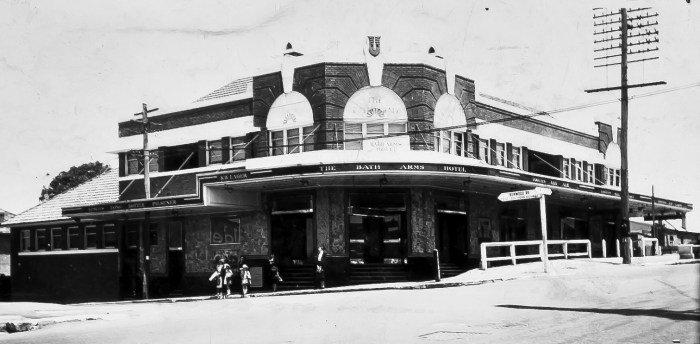 Bath Arms Hotel Burwood 1937 anu