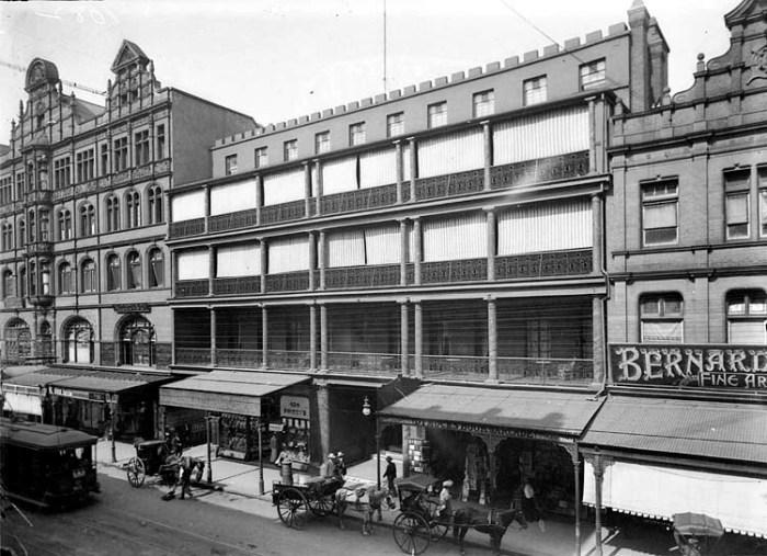 Royal Hotel George STreet Sydney C1910