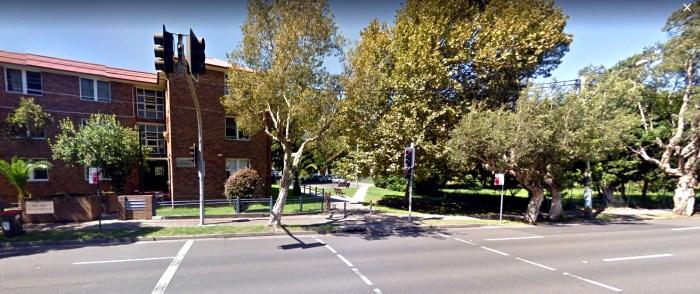 australian eleven hotel site redfern google streetview