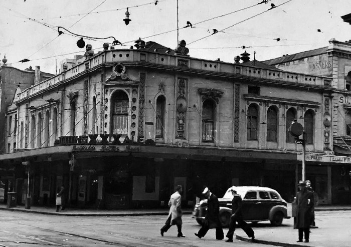Belfields Hotel George Street Sydney 1949 ANU_1_1