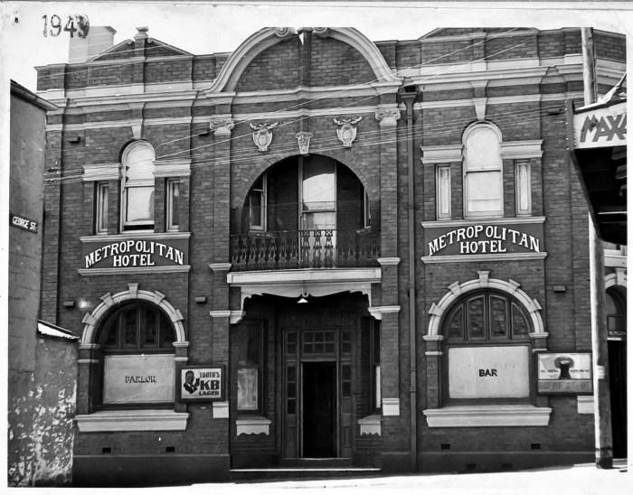 Metropolitan Hotel Paddington 1943 ANU
