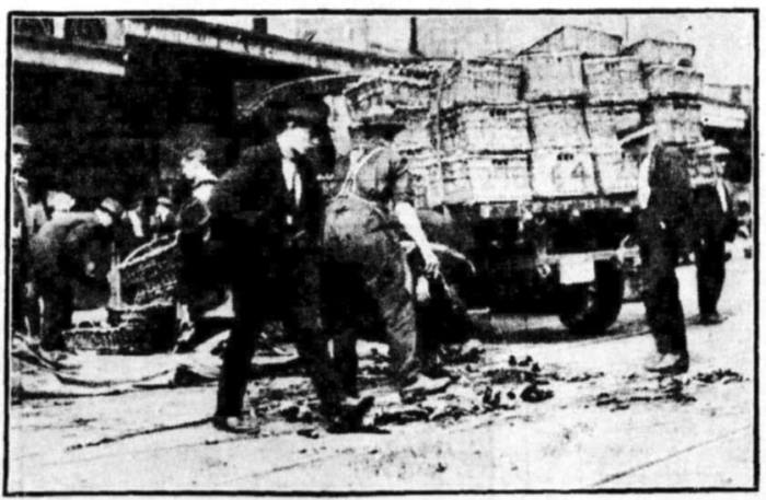 truck beer spill 1922 oxford st sydney