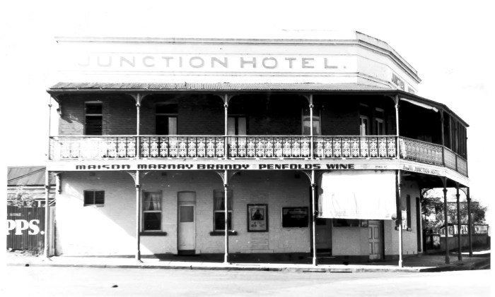 Junction Hotel Canowindra 1960s anu