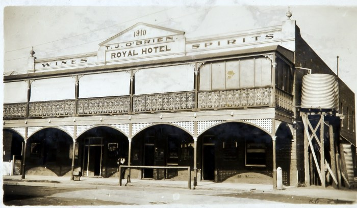 Royal Hotel Canowindra NSW 1930 ANU