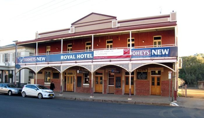 royal hotel canowindra nsw