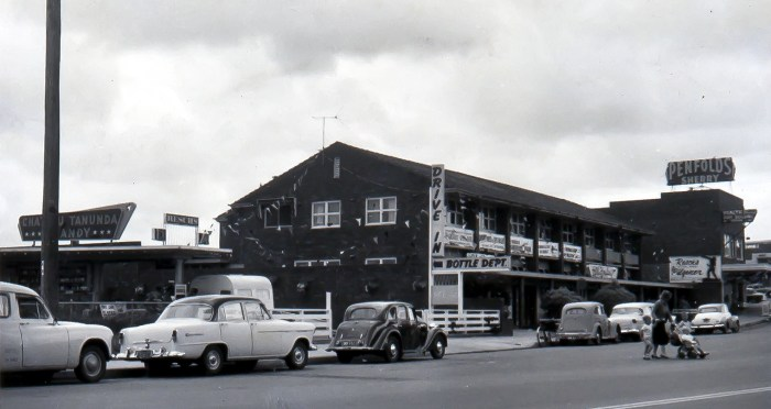 Bennelong Hotel Beverley Hills 1960 ANU