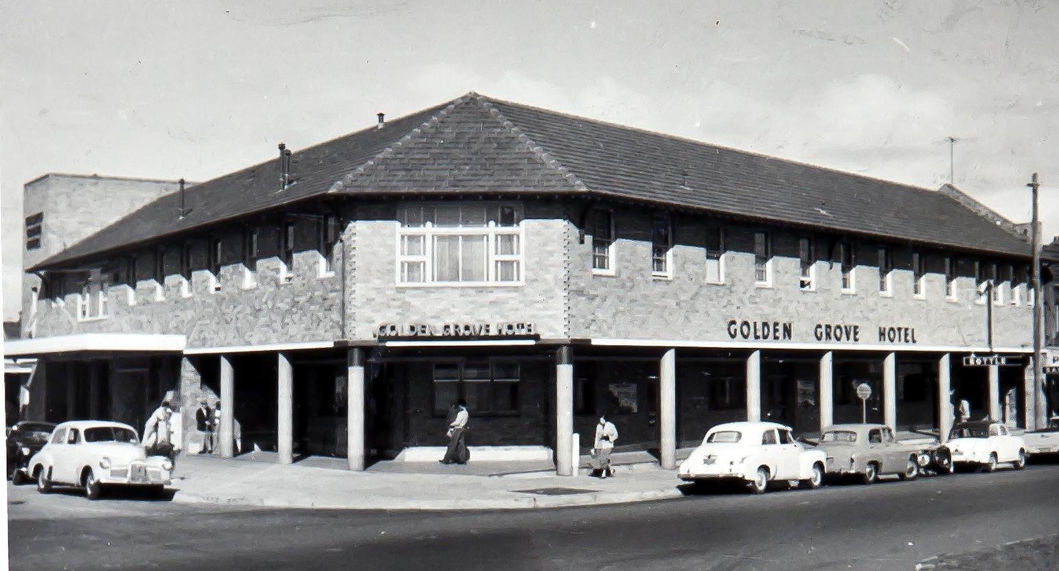 """Sydney's 1950s """"Super Pubs"""""""