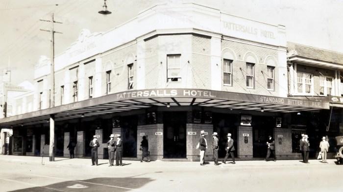 Tattersalls Hotel Parramatta 1930 anu
