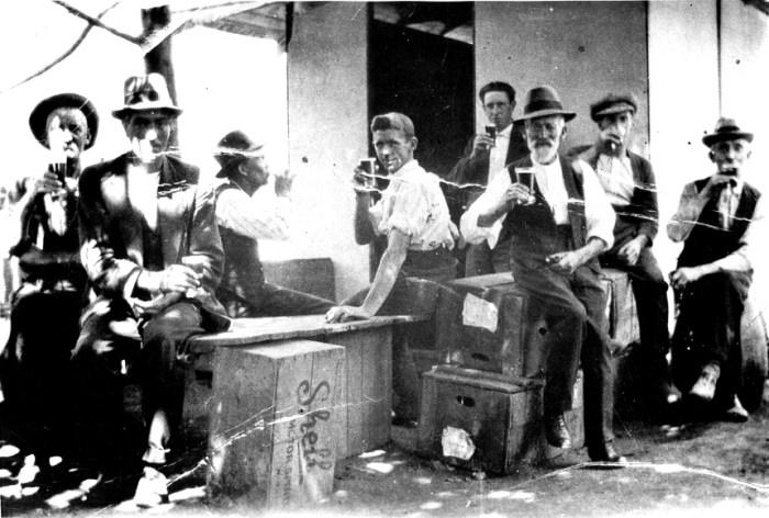 kinglake hotel temp bar 2 1926