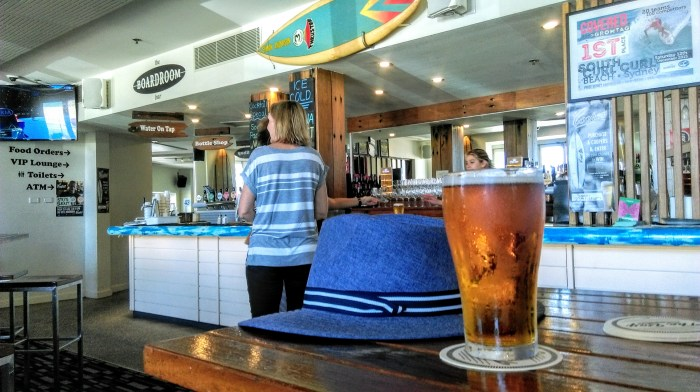 maroubra bay hotel hat beer 2