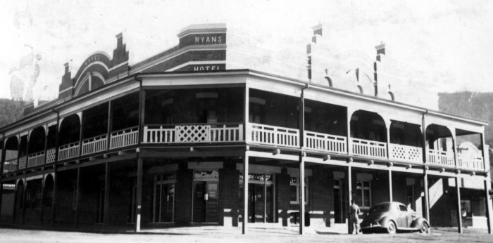 Ryan Hotel Thirroul 1939 anu